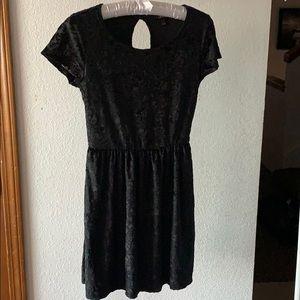 Velvet Floral Cinch Waist Short Sleeve Dress